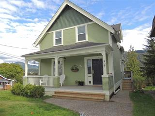 House for sale in Prince Rupert - City, Prince Rupert, Prince Rupert, 207 W 4th Avenue, 262479246 | Realtylink.org