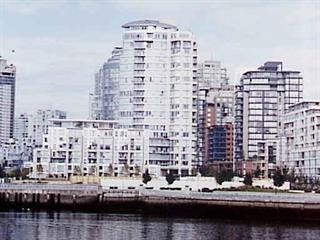 Townhouse for sale in Yaletown, Vancouver, Vancouver West, 105 1383 Marinaside Crescent, 262474638 | Realtylink.org