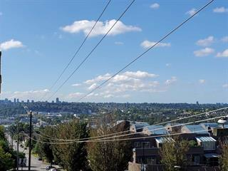Apartment for sale in Vancouver Heights, Burnaby, Burnaby North, 401 3811 Hastings Street, 262506570 | Realtylink.org