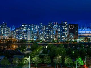 Apartment for sale in False Creek, Vancouver, Vancouver West, 908 1788 Columbia Street, 262475487 | Realtylink.org
