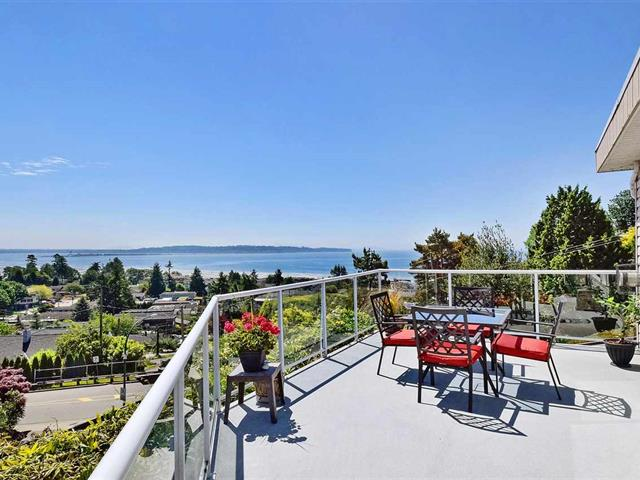 House for sale in White Rock, South Surrey White Rock, 15585 Pacific Avenue, 262493730 | Realtylink.org