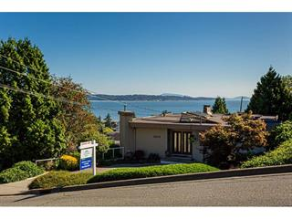 House for sale in White Rock, South Surrey White Rock, 15578 Pacific Avenue, 262490370 | Realtylink.org