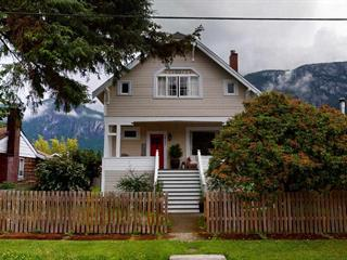 House for sale in Downtown SQ, Squamish, Squamish, 38054 Fifth Avenue, 262486731 | Realtylink.org