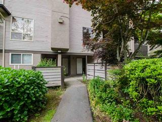 Townhouse for sale in Guildford, Surrey, North Surrey, 10518 Holly Park Lane, 262482508 | Realtylink.org