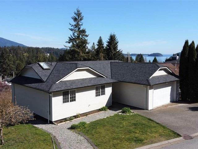 House for sale in Gibsons & Area, Gibsons, Sunshine Coast, 799 Bayview Heights Road, 262472434 | Realtylink.org