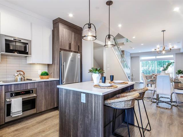 Townhouse for sale in Hastings Sunrise, Vancouver, Vancouver East, 2412 Dundas Street, 262488817 | Realtylink.org