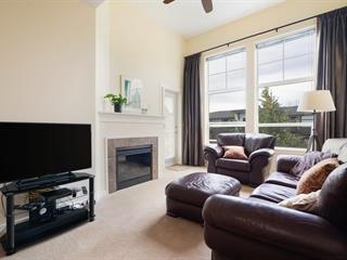 Apartment for sale in King George Corridor, Surrey, South Surrey White Rock, 403 15299 17a Avenue, 262640460   Realtylink.org