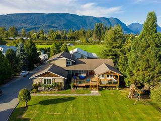 House for sale in North Meadows PI, Pitt Meadows, Pitt Meadows, 18949 McQuarrie Road, 262642585   Realtylink.org