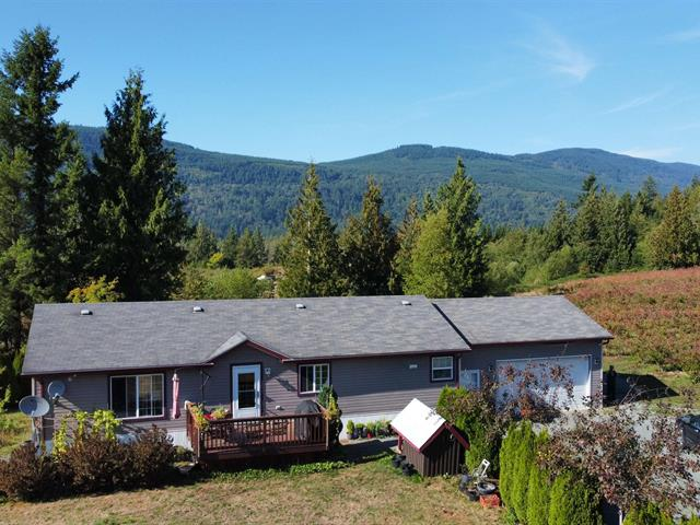 House for sale in Columbia Valley, Cultus Lake, 41521 Henderson Road, 262635392 | Realtylink.org