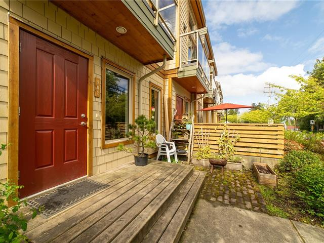 Townhouse for sale in Tofino, Tofino, 105 605 Gibson St, 875142 | Realtylink.org