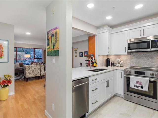 Apartment for sale in Kitsilano, Vancouver, Vancouver West, 302 2140 W 12th Avenue, 262614393 | Realtylink.org