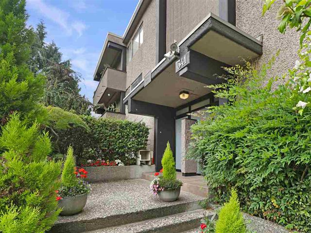 Apartment for sale in Lower Lonsdale, North Vancouver, North Vancouver, 202 341 Mahon Avenue, 262520658 | Realtylink.org