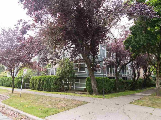 Apartment for sale in Kitsilano, Vancouver, Vancouver West, 404 2815 Yew Street, 262520455 | Realtylink.org