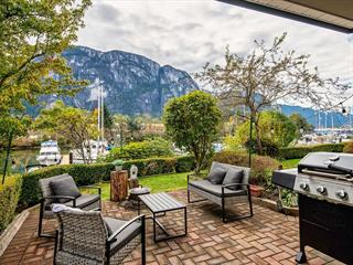 Apartment for sale in Downtown SQ, Squamish, Squamish, 101 1468 Pemberton Avenue, 262647953   Realtylink.org