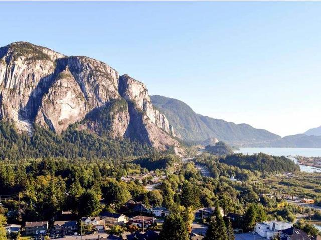 Lot for sale in Brackendale, Squamish, Squamish, 41717 Government Road, 262569703 | Realtylink.org