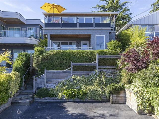 House for sale in White Rock, South Surrey White Rock, 14757 Upper Roper Avenue, 262618060   Realtylink.org