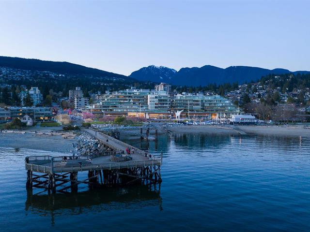 Townhouse for sale in Ambleside, West Vancouver, West Vancouver, Th102 1327 Bellevue Avenue, 262617965   Realtylink.org