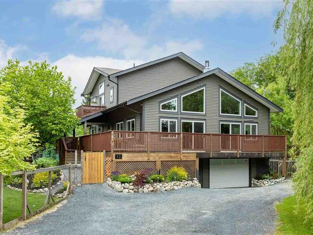 House for sale in Brackendale, Squamish, Squamish, 13 Bracken Parkway, 262609282 | Realtylink.org