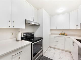 Apartment for sale in Guildford, Surrey, North Surrey, 206 10644 151a Street, 262597790 | Realtylink.org