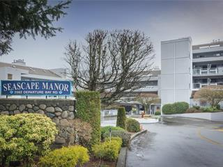 Apartment for sale in Nanaimo, Departure Bay, 106 2560 Departure Bay Rd, 877834 | Realtylink.org