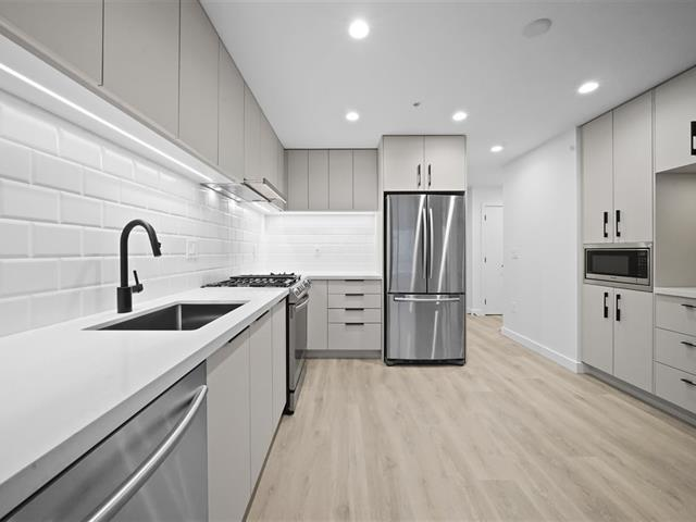 Apartment for sale in Port Moody Centre, Port Moody, Port Moody, 509e 3038 St. George Street, 262545815 | Realtylink.org