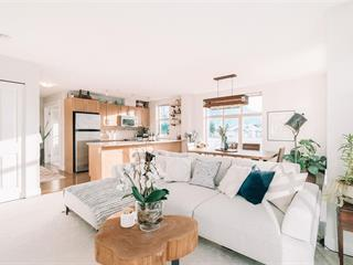 Apartment for sale in Downtown SQ, Squamish, Squamish, 401 1211 Village Green Way, 262562926 | Realtylink.org
