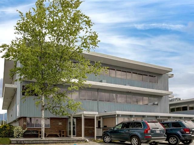 Office for lease in Queensbury, North Vancouver, North Vancouver, 20 Brooksbank Avenue, 224940878 | Realtylink.org