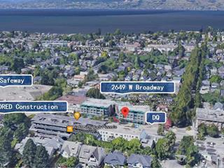 Retail for sale in Kitsilano, Vancouver, Vancouver West, 2649 W Broadway, 224940860 | Realtylink.org