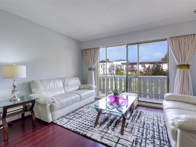 Apartment for sale in Central Lonsdale, North Vancouver, North Vancouver, 303 1345 Chesterfield Avenue, 262533768 | Realtylink.org
