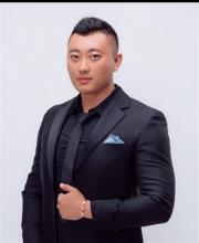 Wenbo Zhao, REALTOR<sup>®</sup>, Personal Real Estate Corporation