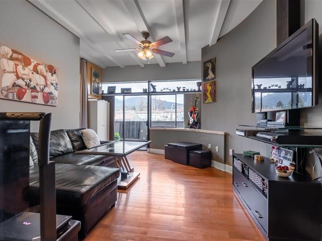 Apartment for sale in Lower Lonsdale, North Vancouver, North Vancouver, 305 341 Mahon Avenue, 262556447 | Realtylink.org