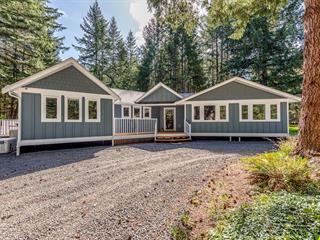 House for sale in Fanny Bay, Union Bay/Fanny Bay, 325 Bates Dr, 872007 | Realtylink.org