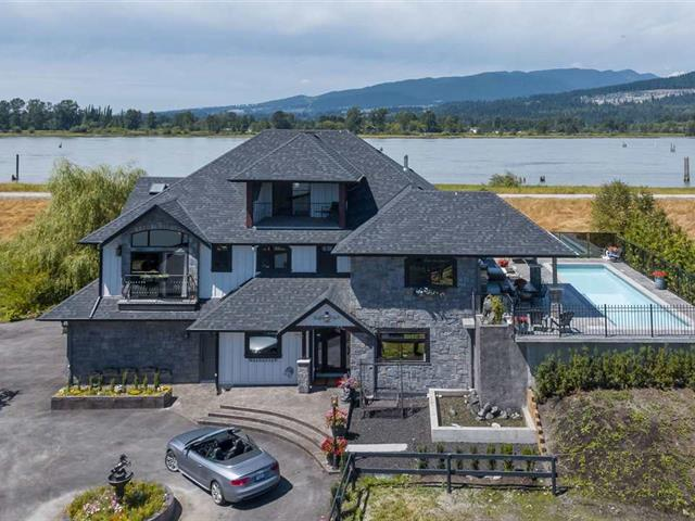 House for sale in North Meadows PI, Pitt Meadows, Pitt Meadows, 18681 McQuarrie Road, 262576118   Realtylink.org