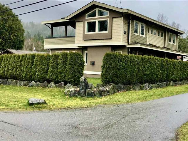 House for sale in Lindell Beach, Cultus Lake, 1835 Lindell Avenue, 262578227 | Realtylink.org