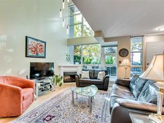 Townhouse for sale in Lower Lonsdale, North Vancouver, North Vancouver, Th5 188 E Esplanade Avenue, 262588309 | Realtylink.org