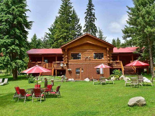 House for sale in Deka Lake / Sulphurous / Hathaway Lakes, 100 Mile House, 7471 Cariboo Chalet Road, 262591892 | Realtylink.org