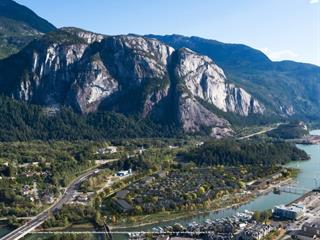 Townhouse for sale in Downtown SQ, Squamish, Squamish, Sl99 1500 Highway 99, 262595051 | Realtylink.org