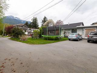 1/2 Duplex for sale in Brackendale, Squamish, Squamish, 1799 Chiefview Road, 262594854 | Realtylink.org