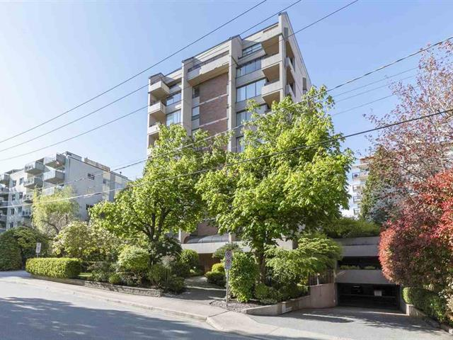 Apartment for sale in Ambleside, West Vancouver, West Vancouver, 203 1737 Duchess Avenue, 262596040 | Realtylink.org