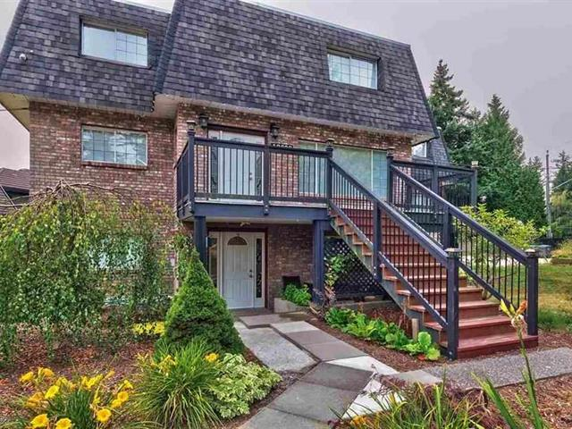 House for sale in Sunnyside Park Surrey, Surrey, South Surrey White Rock, 13608 20 Avenue, 262592741   Realtylink.org