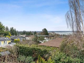 House for sale in White Rock, South Surrey White Rock, 15832 Cliff Avenue, 262560673 | Realtylink.org