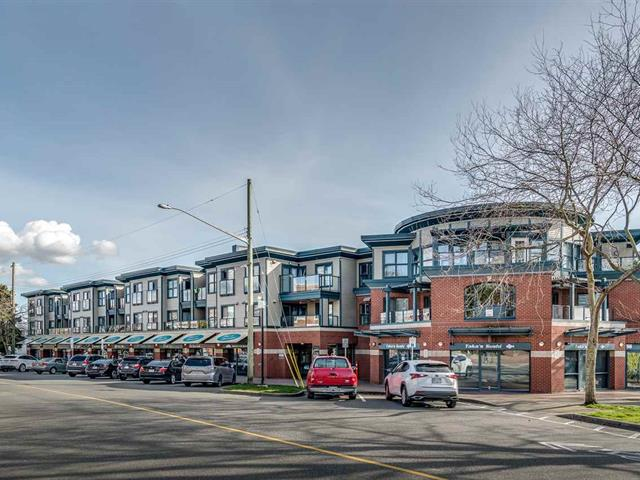 Apartment for sale in White Rock, South Surrey White Rock, 107 15210 Pacific Avenue, 262583967 | Realtylink.org