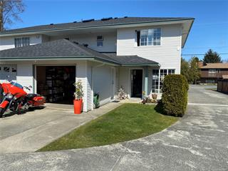 Townhouse for sale in Port McNeill, Port McNeill, 3 2553 Kingcome Pl, 870445 | Realtylink.org