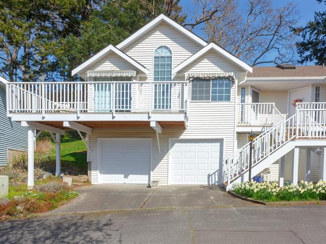 Townhouse for sale in Saanich, Cedar Hill, 3617 1507 Queensbury St, 872808 | Realtylink.org
