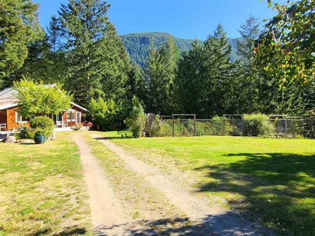 House for sale in Pender Harbour Egmont, Ruby Lake, Sunshine Coast, 15366 Hallowell Road, 262528767 | Realtylink.org