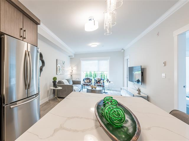 Apartment for sale in Whalley, Surrey, North Surrey, 407 13799 101 Avenue, 262510576 | Realtylink.org