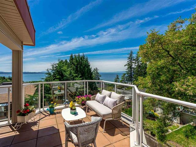 Apartment for sale in White Rock, South Surrey White Rock, 301 14934 Thrift Avenue, 262540824 | Realtylink.org