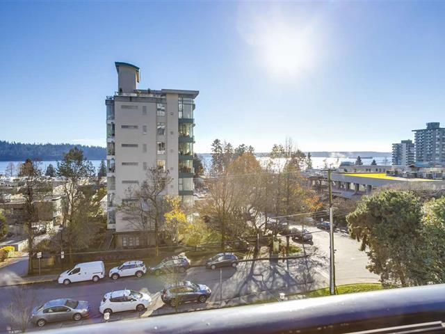 Recreational Property for sale in Ambleside, West Vancouver, West Vancouver, 301 650 16th Street, 262552344 | Realtylink.org
