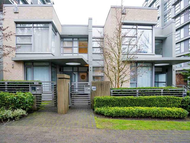 Townhouse for sale in Simon Fraser Univer., Burnaby, Burnaby North, Th3 9188 University Crescent, 262545846 | Realtylink.org