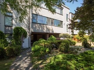 Apartment for sale in Cliff Drive, Delta, Tsawwassen, 302 5553 16 Avenue, 262522601 | Realtylink.org